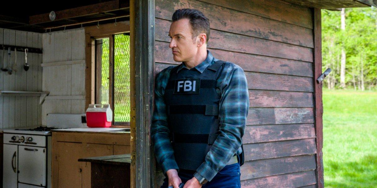 fbi most wanted season 2 finale jess gun drawn cbs