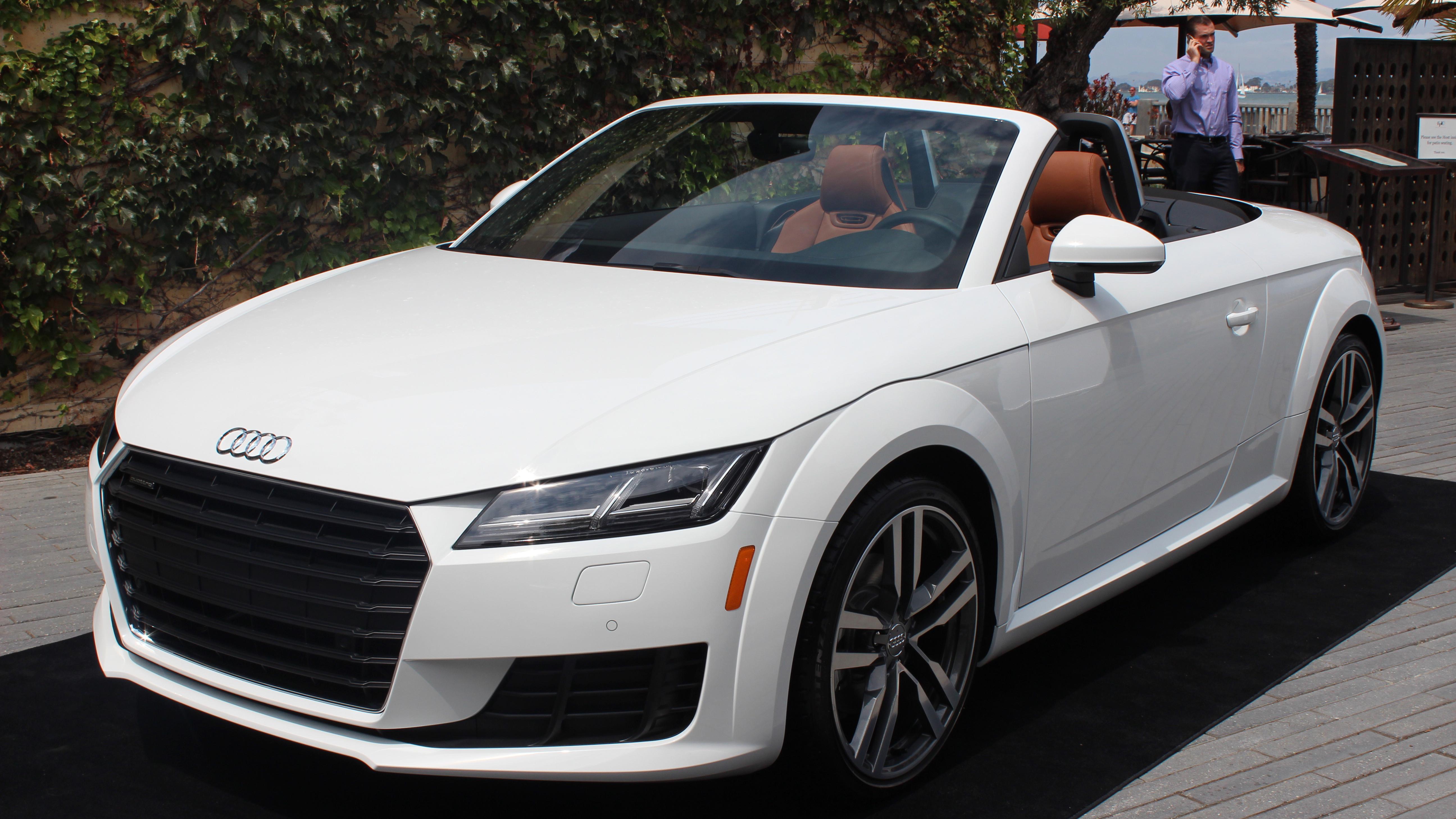 Audi's new all-digital cockpit kicks gauges to the curb