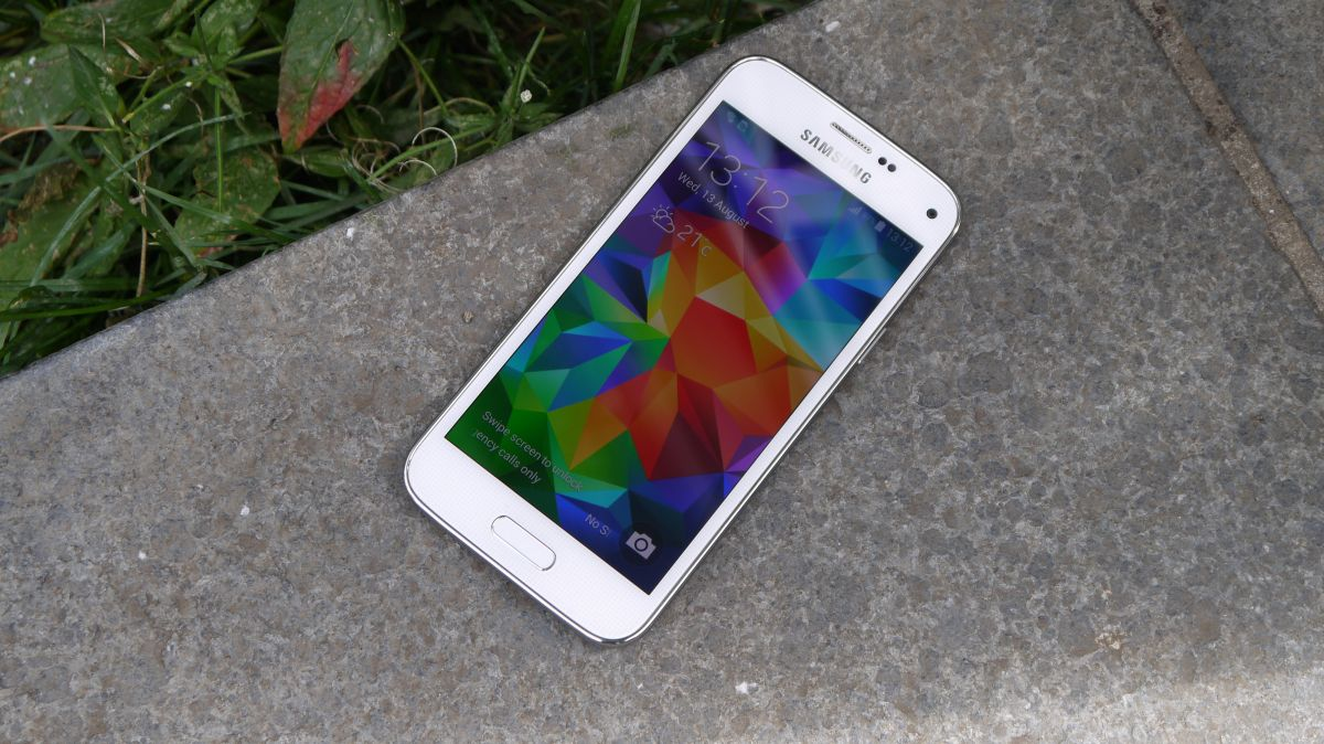 samsung galaxy s5 mini review techradar. Black Bedroom Furniture Sets. Home Design Ideas