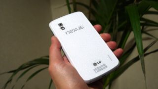 White Nexus 4 sells out in a flash in the States