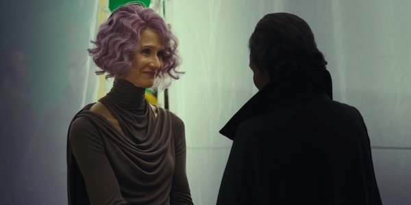 Holdo and Leia in The Last Jedi