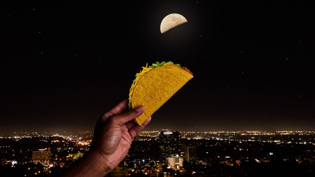 Celebrate the 'Taco Moon' with a free taco from Taco Bell tonight!