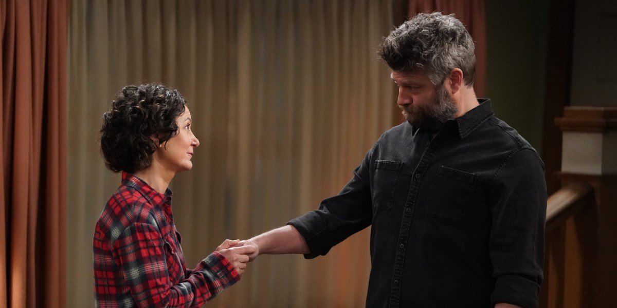 darlene and ben shaking hands on the conners season 3