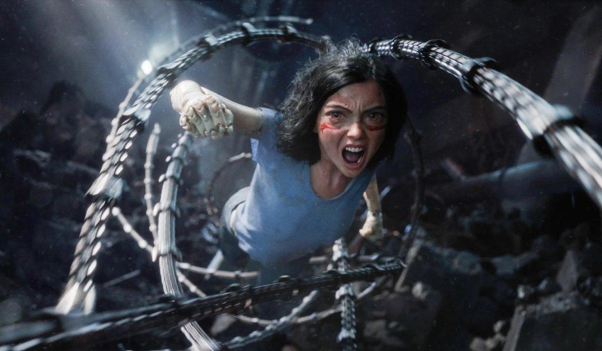 Alita: Battle Angel charging into battle through spiraling tentacles