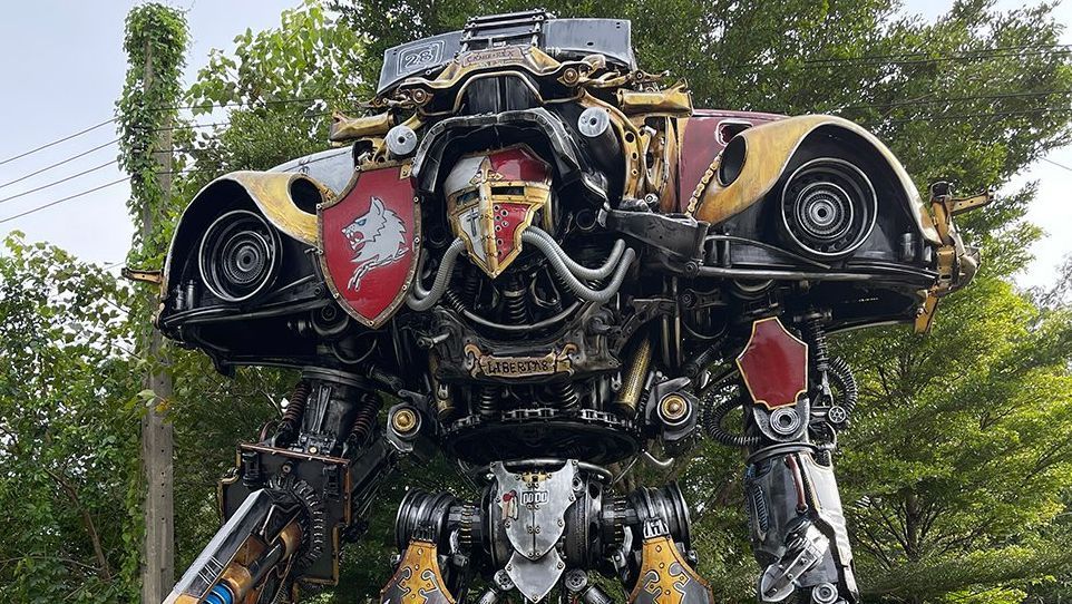 Check out these giant 40K machines made of old cars and scrap metal