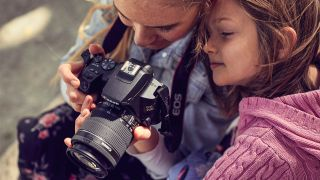 Photography for kids – 10 ideas for kids to shoot (to stay busy during lockdown!)