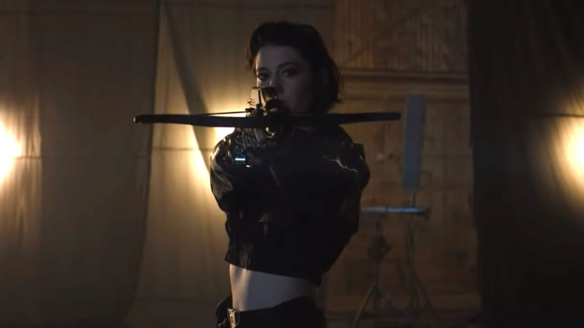 "Birds of Prey actress Mary Elizabeth Winstead teases DC movie: ""It's unlike anything in this genre"""