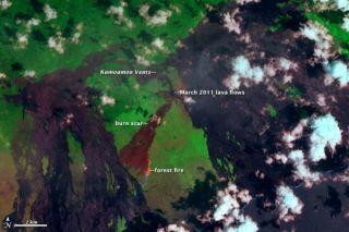 kilauea-lava-flow-2011-110324-02