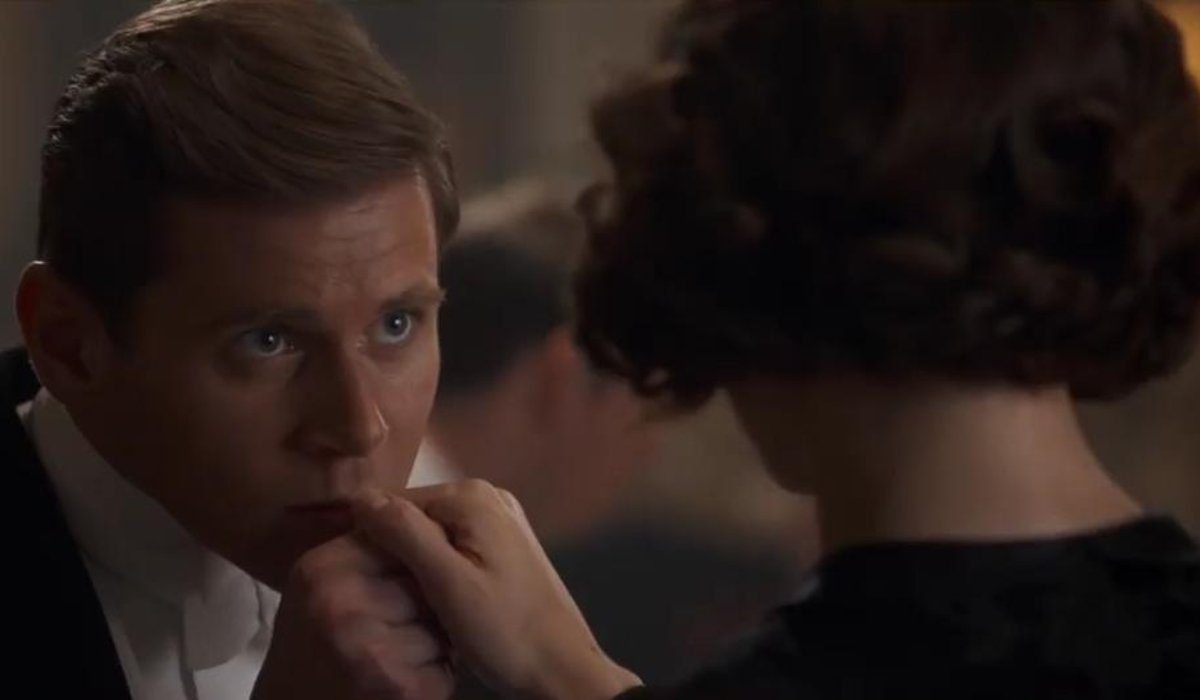 Downton Abbey Tom Branson kisses Lucy Smith's Hand