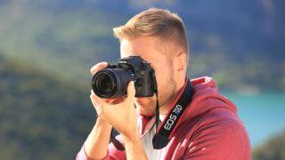 Canon EOS 70D deals