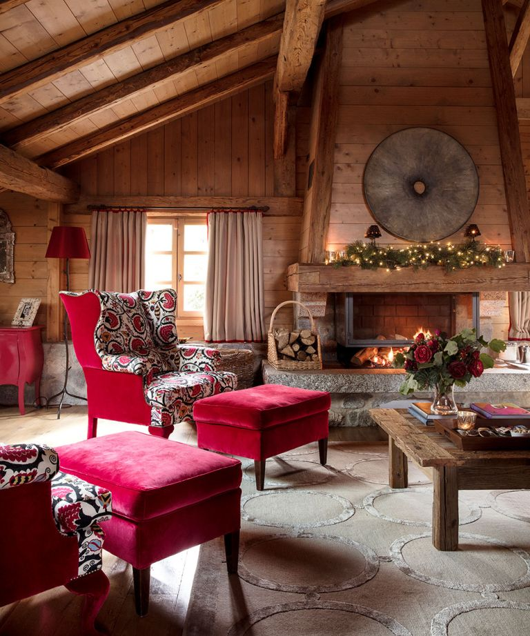 A rustic-luxe farmhouse in the Alps