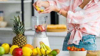 How to use a blender