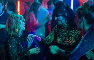 Rhona Goskirk goes clubbing and has one too many in Emmerdale