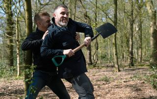 Gary Windass and Rick fight to the death in Coronation Street