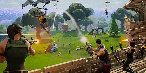 battle plays out Fortnite