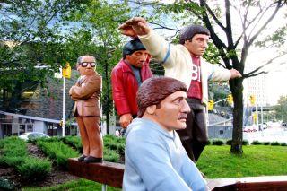 Statues balancing, science balance