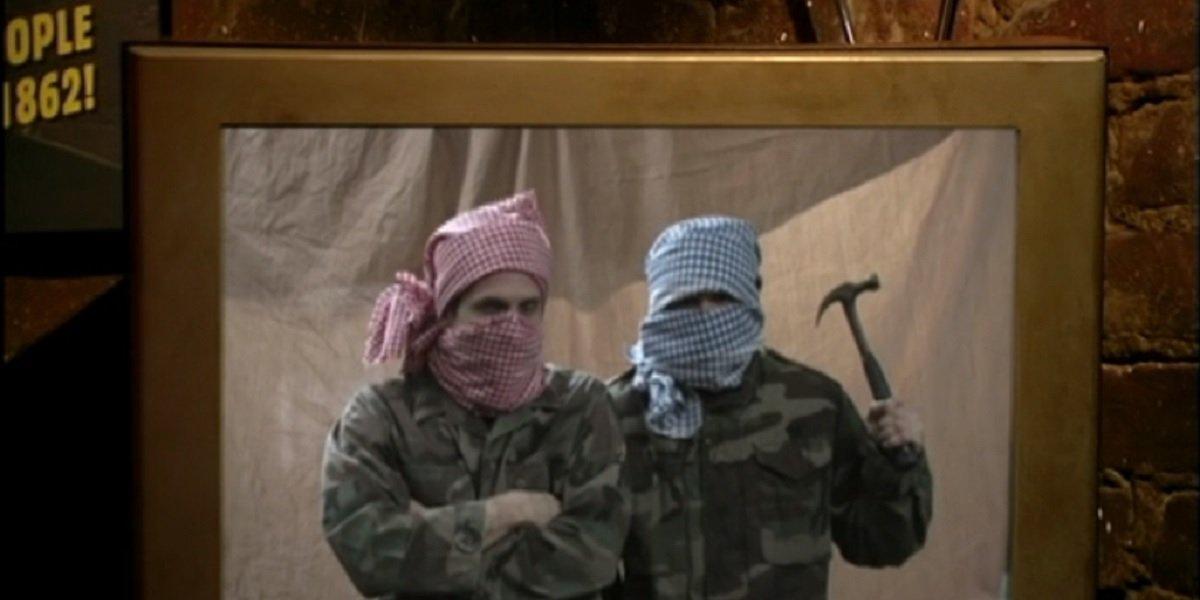 Mac and Dennis as Terrorist in It's Always Sunny in Philadelphia The Gang Goes Jihad