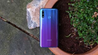 Best phones under Rs 15,000 in India for September 2019 3