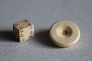 Game time, roman settlement, dice game