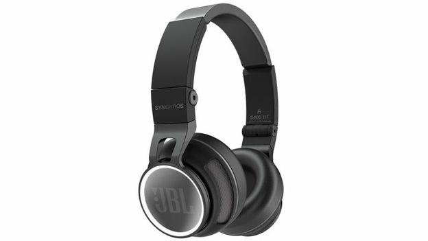 Jbl Announces Two New Bluetooth Headphones T3