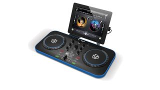 An updated and enhanced version of Numark s iDJ Live controller iDJ Live II features an updated low profile design and USB connectivity