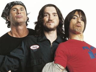 From left to right: Chad Smith, John Frusciante and Anthony Kiedis