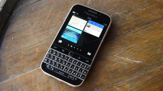 BlackBerry fails to clarify device approach with clarification blog