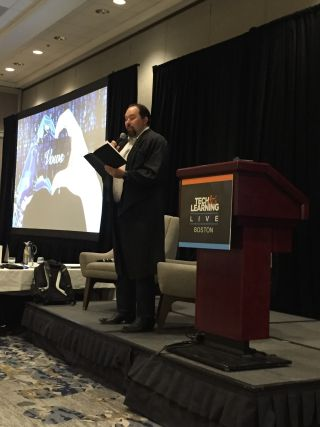 Carl Hooker will be the emcee for Tech & Learning Live in Chicago on April 24, 2020.