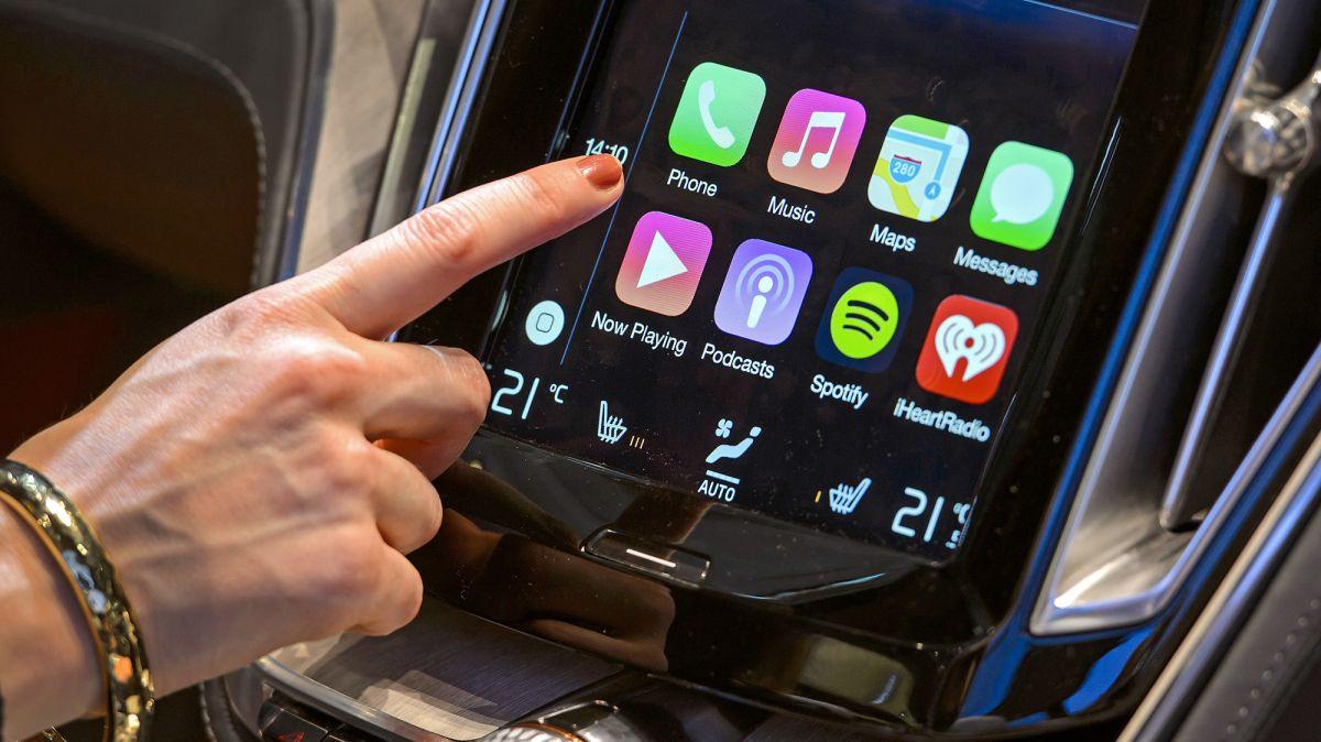 Wireless CarPlay: How to use Apple CarPlay wirelessly with your car