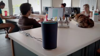 Google's OnHub routers now control your Philips Hue bulbs, no app required