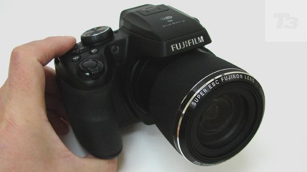 Fujifilm FinePix S9400W review   T3