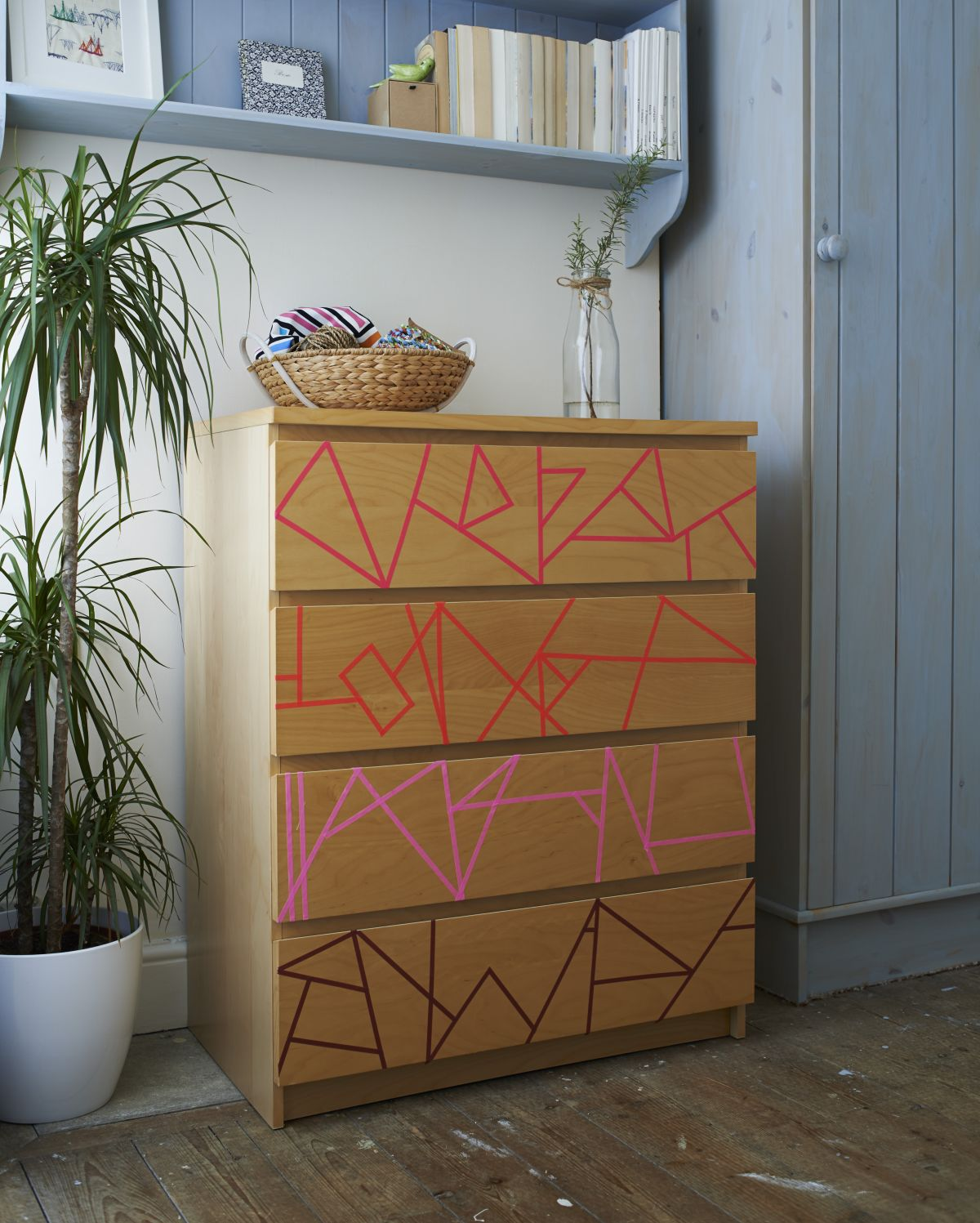 Washi tape ideas: how to upcycle furniture with tape