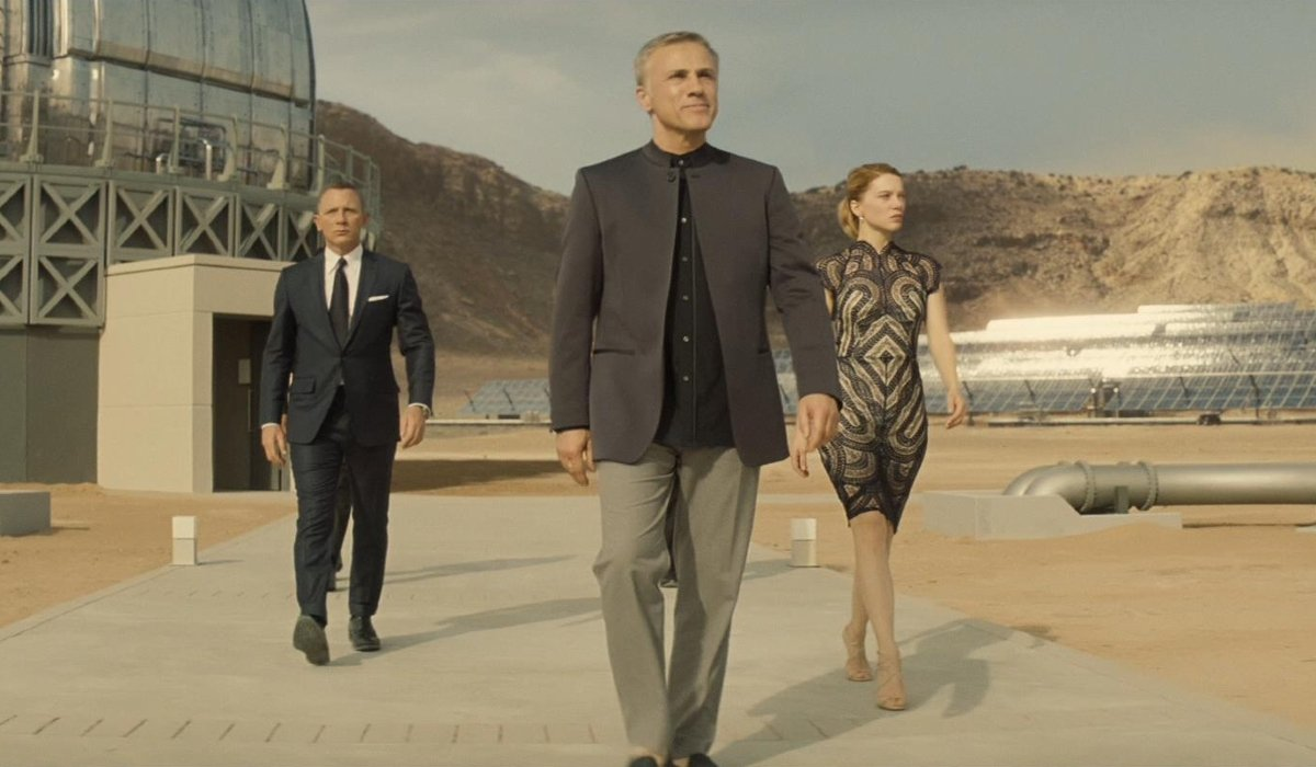 Spectre Blofeld shows Bond and Swann through his lair