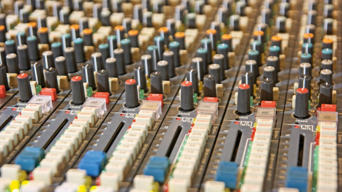 8 tips to improve your mastering