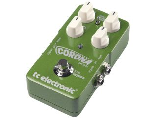 Duff McKagan chose TC's Corona Chorus pedal for his TonePrint