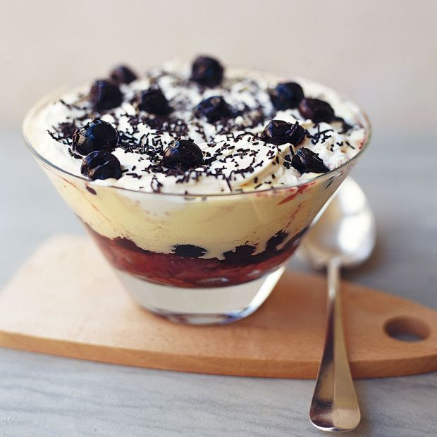 how to make trifle with sherry