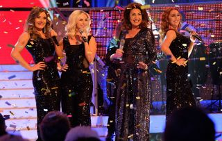 Jane & Friends Series 2 Ep 2Jane McDonald and backing singers