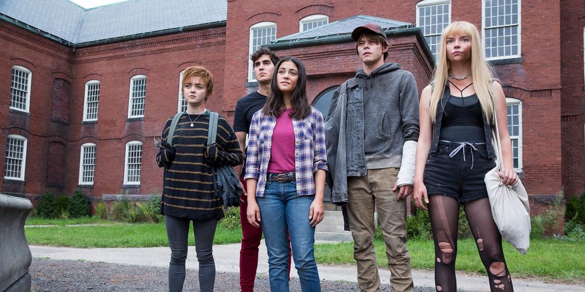 Anya Taylor-Joy, Maisie Williams, Charlie Heaton, Blu Hunt, and Henry Zaga in The New Mutants