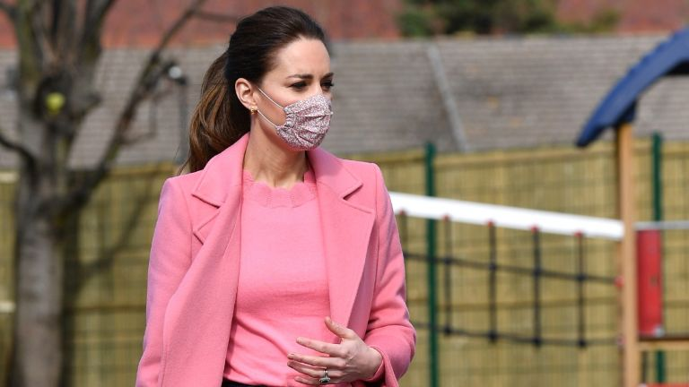 Kate Middleton in pink scalloped boden sweater