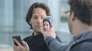 Video: Samsung finally backs-off Apple with new Super Bowl ad