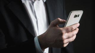 Malicious Android apps hijacked phones to click on ads