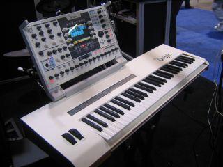 You can control the Origin Keyboard using its 5 2 inch TFT screen