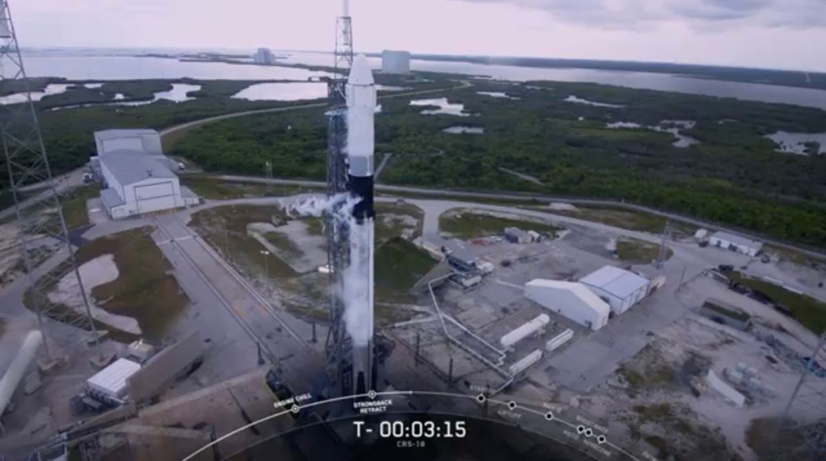 Bad Weather Delays SpaceX Cargo Mission to Space Station
