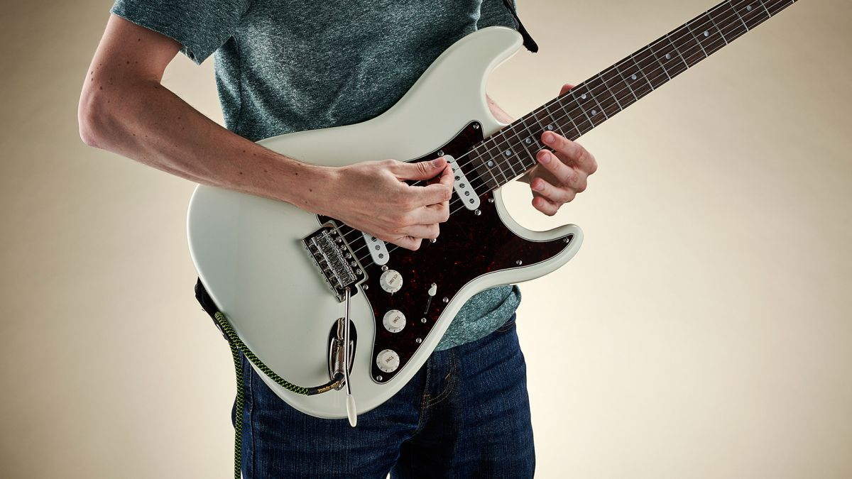 Supercharge your pentatonic solos with the six-note major hexatonic scale