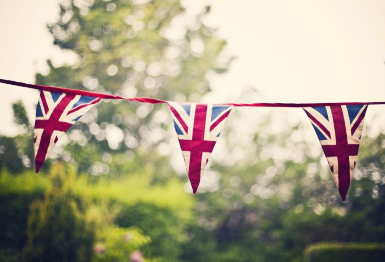 How to make bunting: Union Jack bunting for VE Day