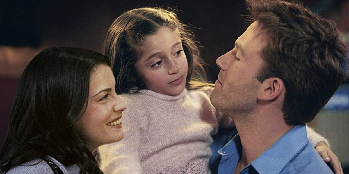 Liv Tyler, Raquel Castro, and Ben Affleck in Jersey Girl