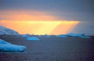 arctic-daylight-ig11_03_02-100920-02