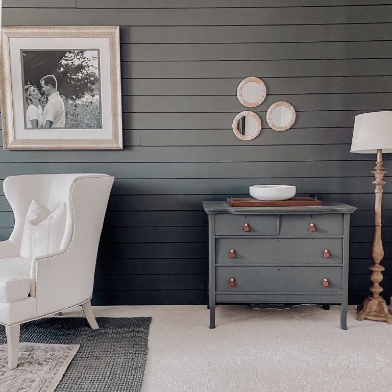 chalk paint nightstand makeover