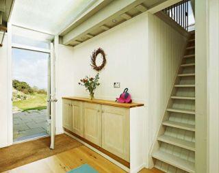 Front door to cottage