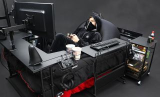 Japanese gaming bed
